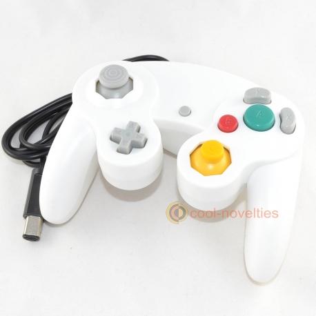 White Nintendo Gamecube Gamepad / Wii Classic Controller